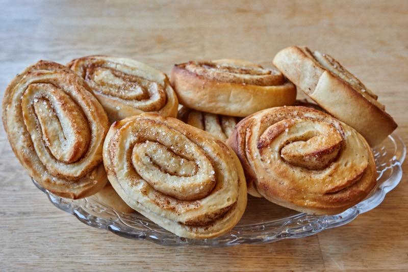 fresh cinnamon rolls